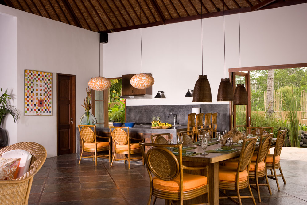 Kitchen-and-dining-in-Main-