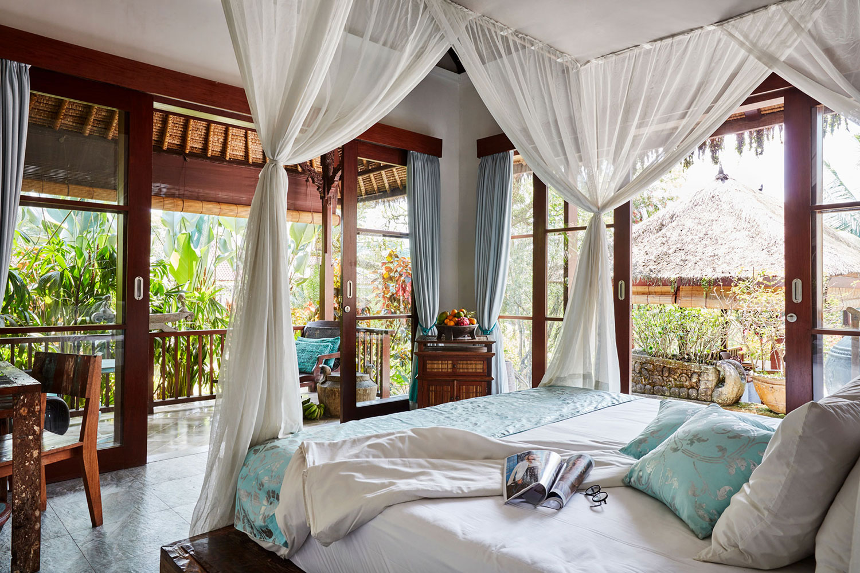 villabayad_ubud_bedroom_light_view