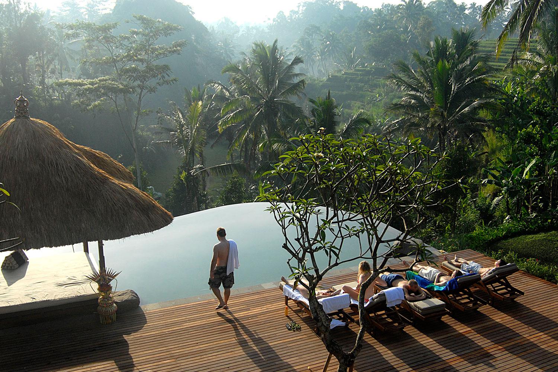 villabayad_ubud_pool_earlymorning_activity