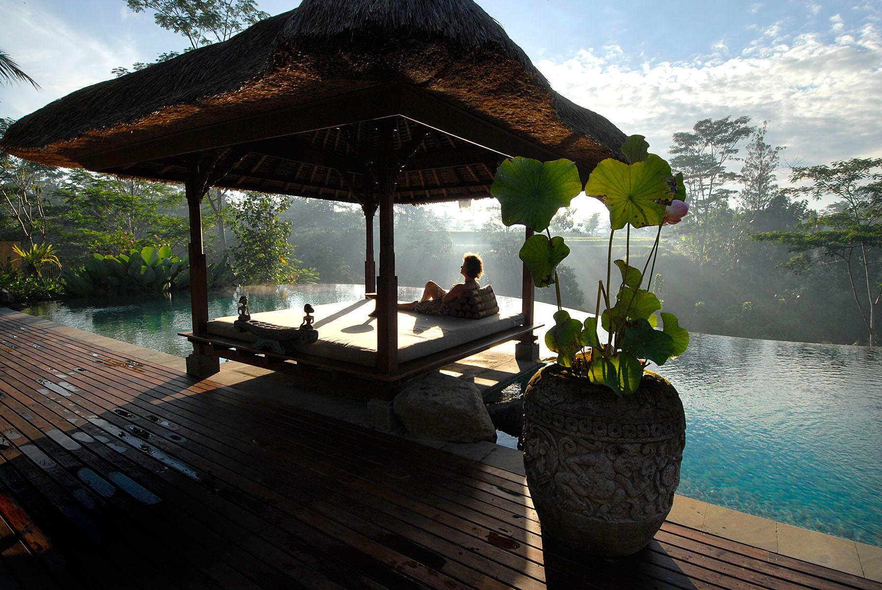 villabayad_ubud_pool_morning_relaxing