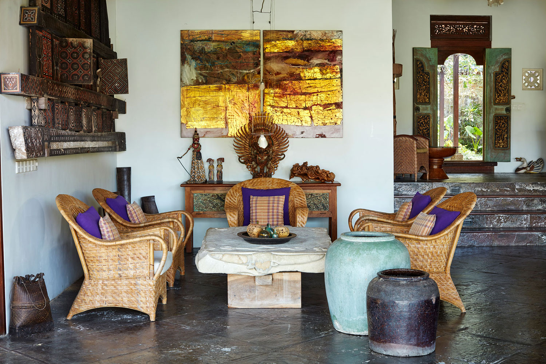 villabayad_ubud_villa_sittingroom_artworks
